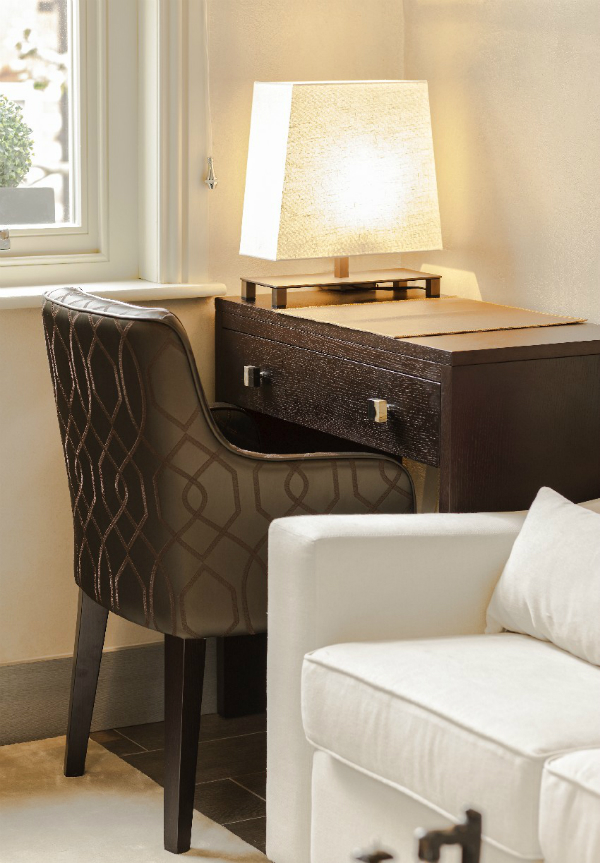Small Luxury Apartment In London Interiorholic Com