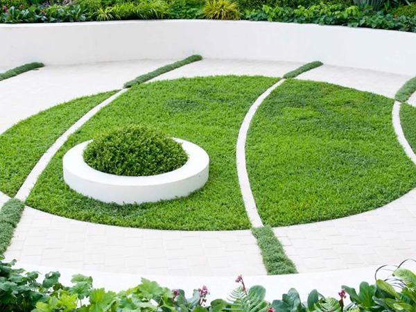 Idee per decorare il giardino guida giardino for Idee giardino con ghiaia