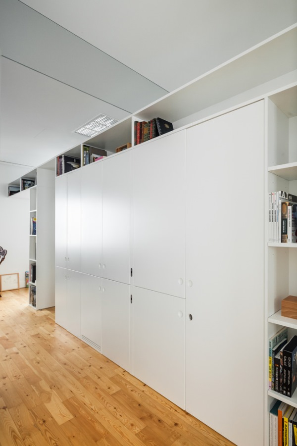 How To Maximize Storage Space With Organizer Walls