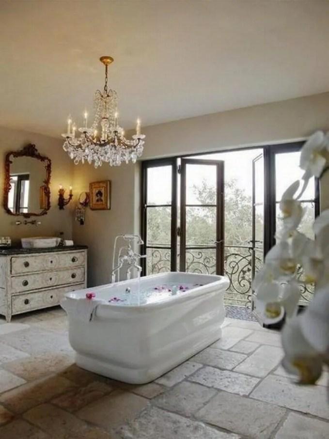 Luxurious Relaxing Bathroom