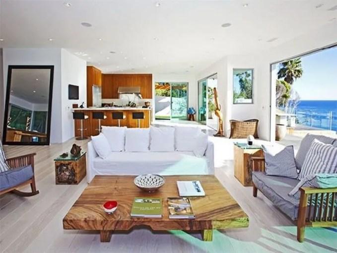 Living-Room-Furniture-ideas-in-Luxurious-13500000-House-in-Malibu-Dream-Beach-House