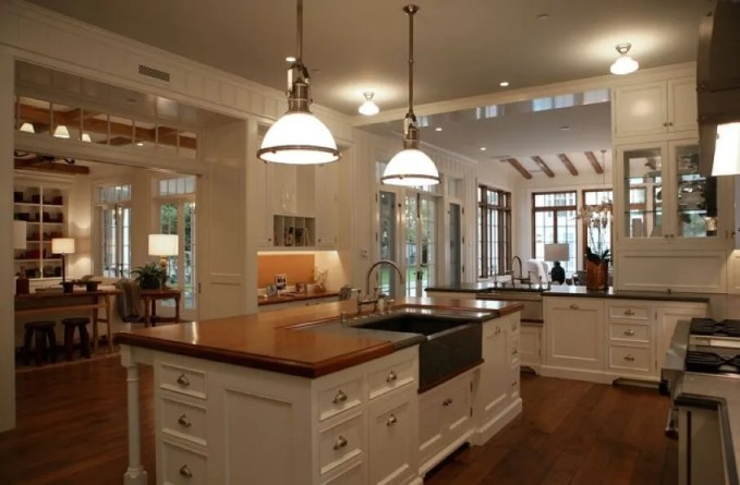 Bold COuntry Kitchen