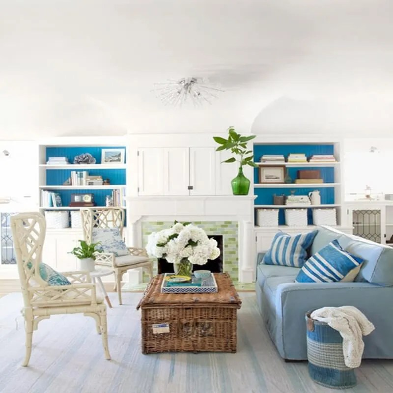 10 coastal inspired living room interior design ideas for Beach themed family room ideas
