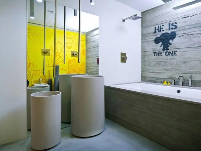 retro-design-unique-sweet-bathroom-industrial-loft-apartment