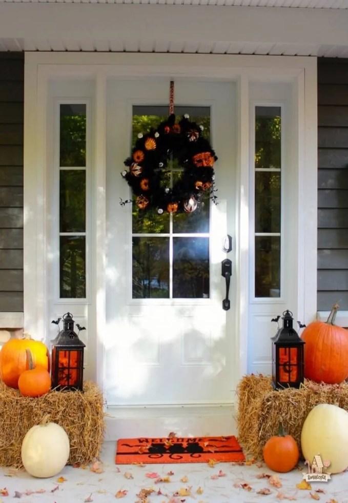 PierOne-Halloween-Porch-Decor-Sweetopia-590x769