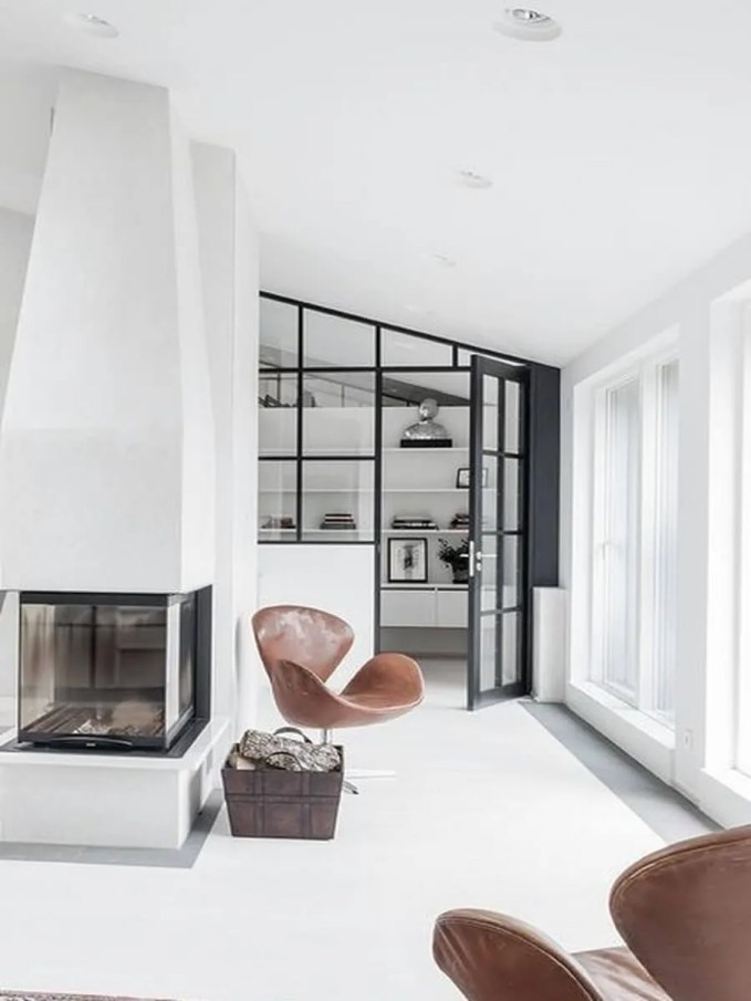 glass-fireplaces-to-watch-the-fire-from-all-angles-12
