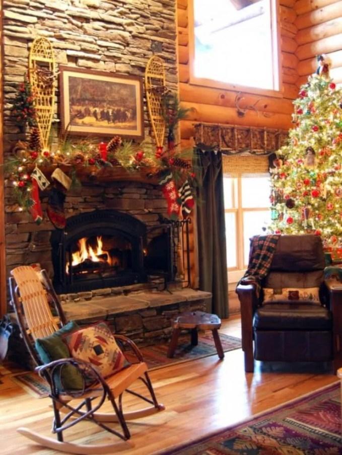 Beautiful Christmas Fireplace Mantel