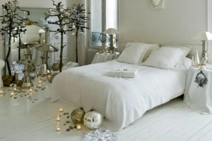 adorable-christmas-bedroom-decor-ideas-22-554x412