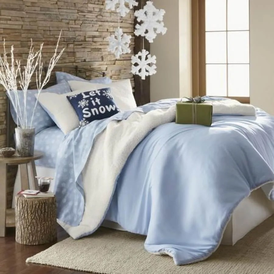 Top 8 Dreamy Christmas Bedroom Decor Ideas To Inspire