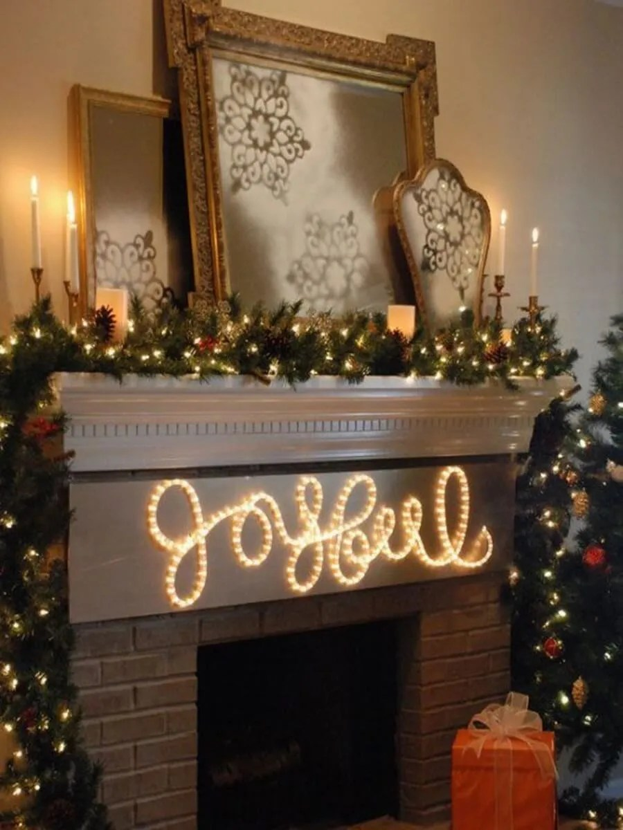 Indoor christmas decorations with lights - Gorgeous Indoor Decor Ideas With Christmas Lights 28