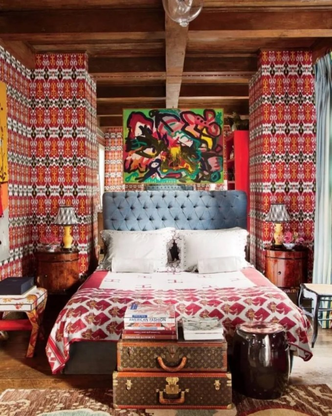 Artistic-Boho-Chic-Bedroom-700x876