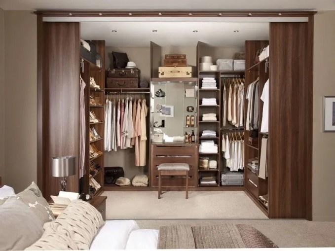 Walk-in-Closet-for-Men-Masculine-closet-design-22