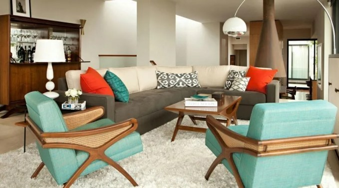 Mid Cenutry Modern Living Room with Flokati Rug