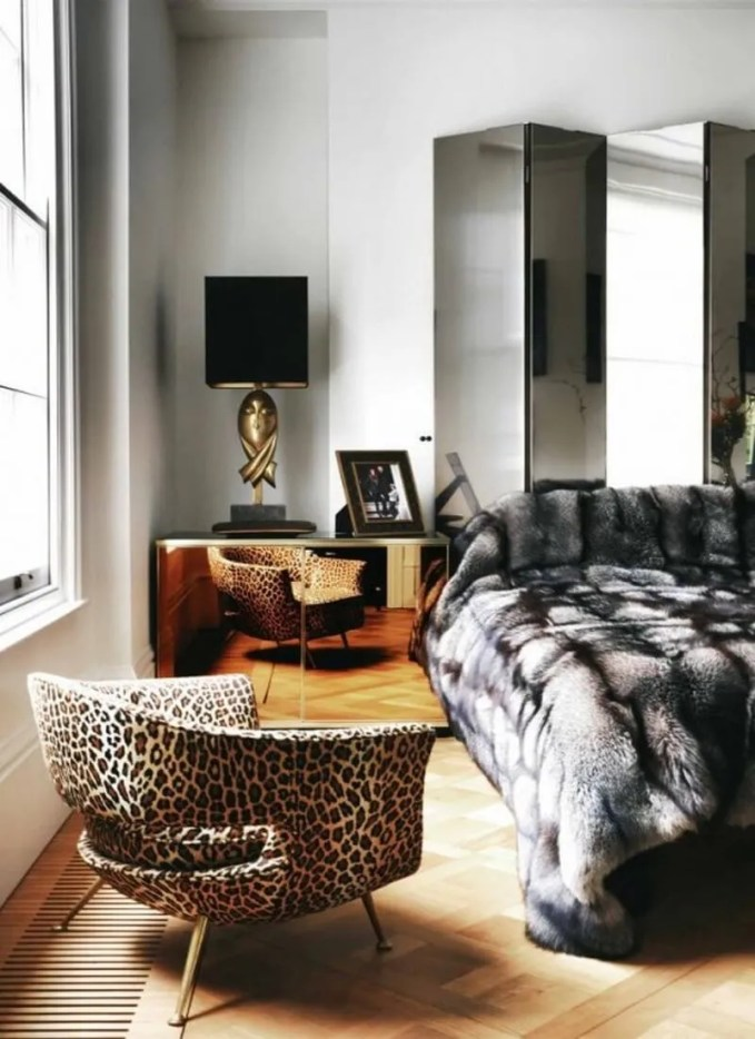fur-home-decor-ideas-for-cold-seasons-22-554x831