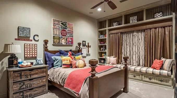 Bright Creative-kids-bedroom-makes-most-out-of-the-available-space
