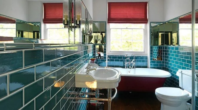Red And Blue Eclectic Bathroom