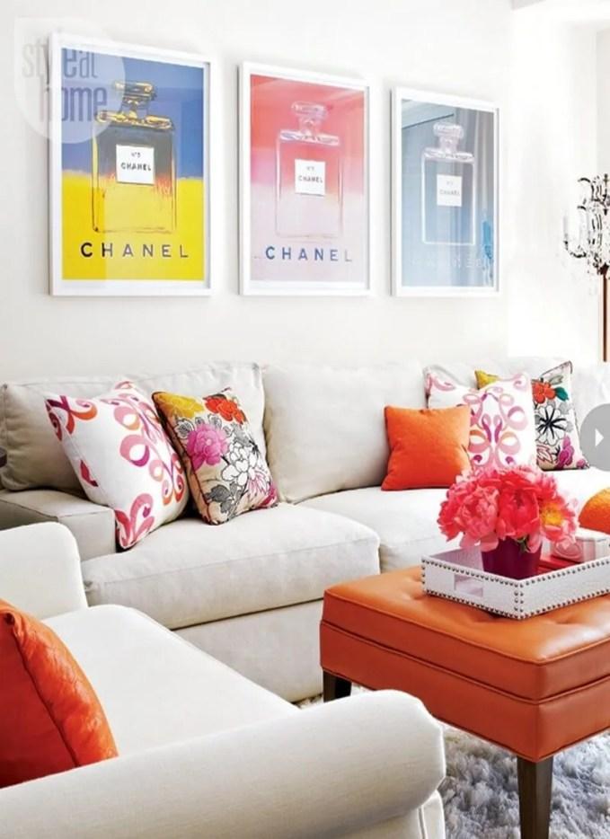 airy-and-elegant-feminine-living-rooms-42