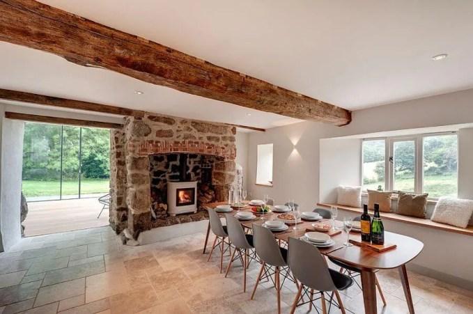 Warm Chic Farmhouse Dining Room