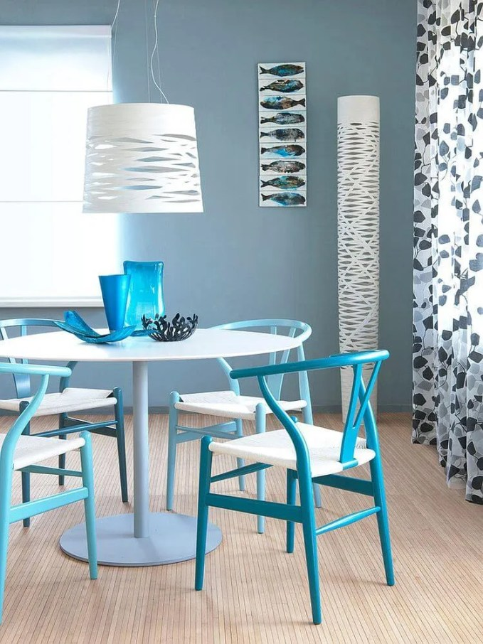 Refreshing Blue Dining Room