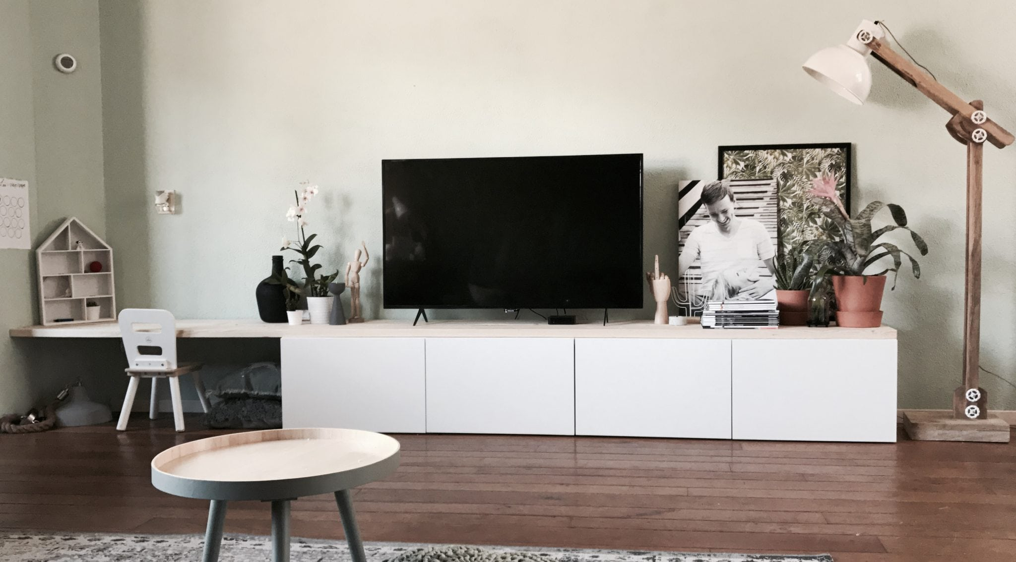 Tv Kast Jasmijn Wit.Ikea Besta Hack Ikea Besta 2 In 1 Zitbank Tv Meubel