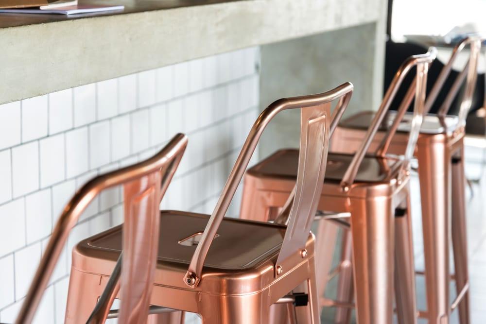 Pinterest De verstelbare barkruk: zo kies je de juiste interiorqueen.nl woonblog interieur kruk