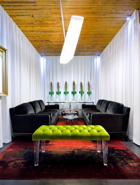 Red And Green Interiors By Color 6 Interior Decorating Ideas