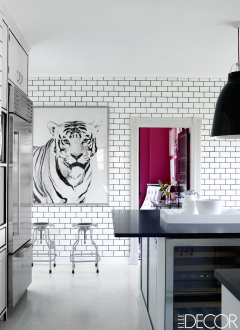 white subway tile dark grout in the