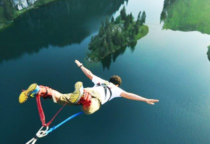Bungy jump interlaken
