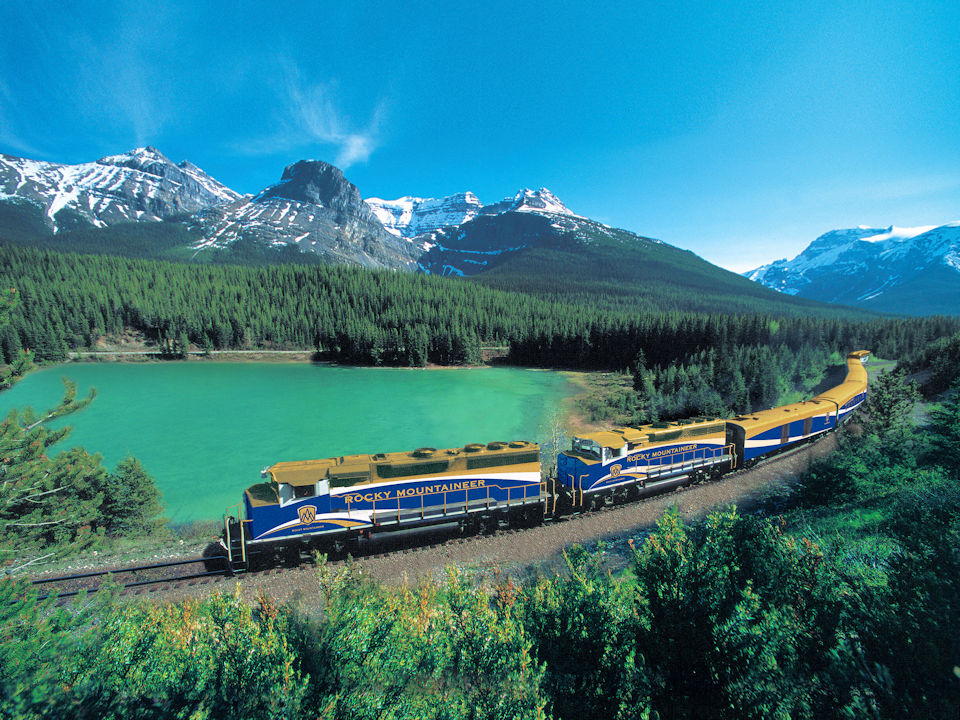 Rocky Mountaineer Train Experience