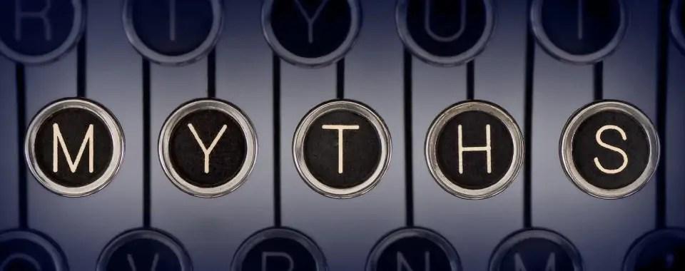 """Teclas de una máquina que dice """"myths"""" para representar los mitos sobre los emprendedores."""