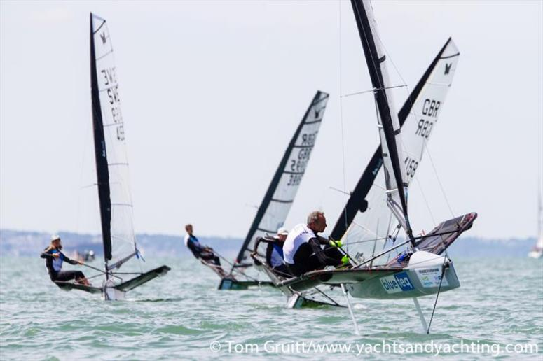 Rick Tagg showing how to foil in light wind