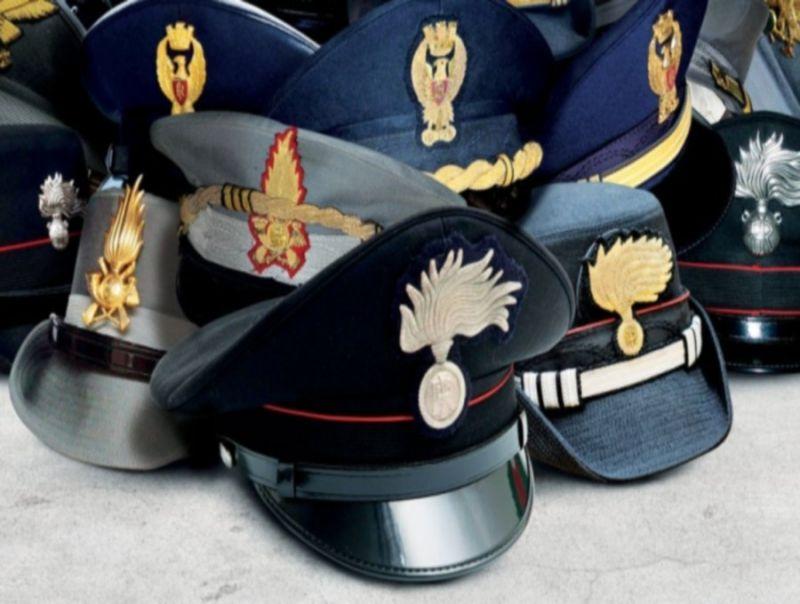 Risultati immagini per forze dell'ordine