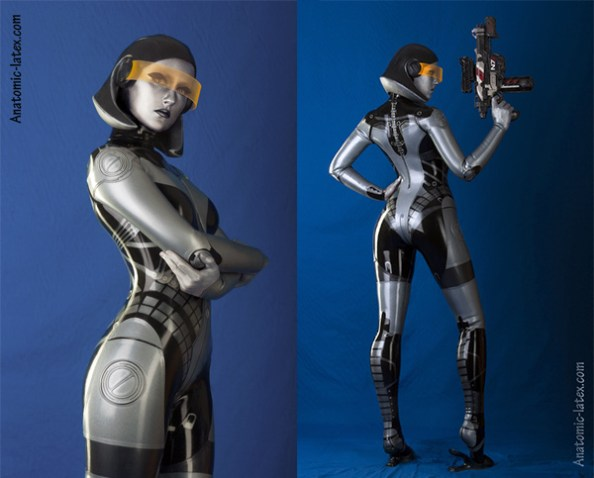 "An Amazing Latex ""Mass Effect"" EDI Cosplay"