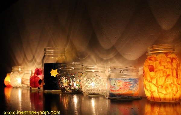 2231-jars-menorah-חנוכיית-צנצנות