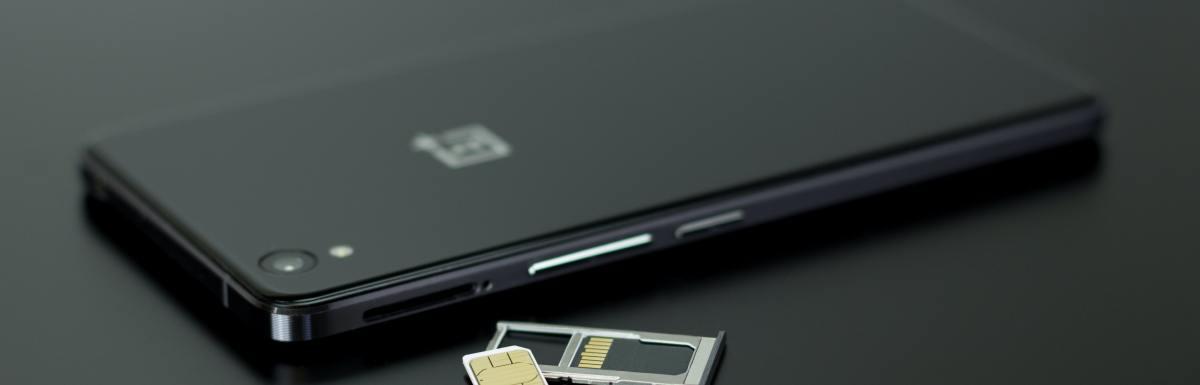 iPhone sim cards