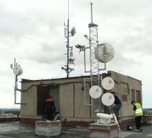 Obrázek s vysílači
