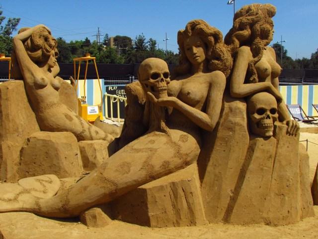 sculpting sand