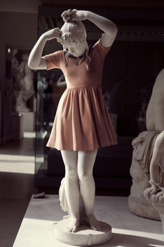 classical-sculptures-hipsters-8.jpg