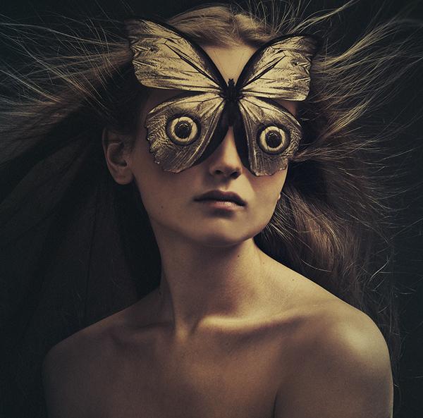 unique-photography-ideas-by-Flora-Borsi-1