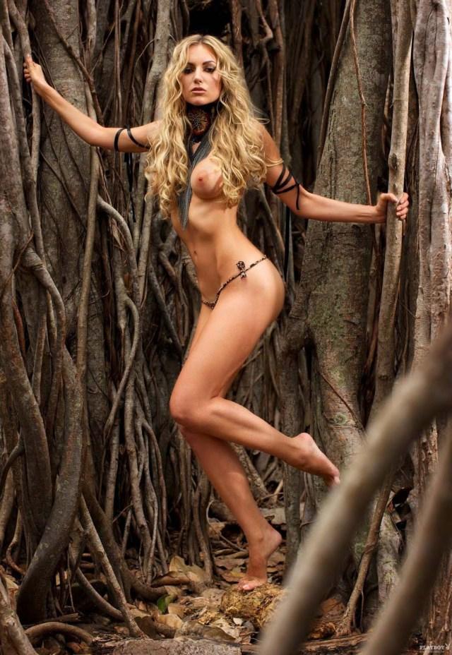 ROSANNA DAVISON hottieRosanna Davison Playboy USA