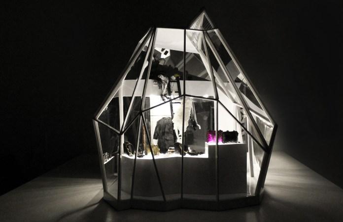 Miniature_Objects_3Dimensional_Art_by_Phillip_Nuveen_flat