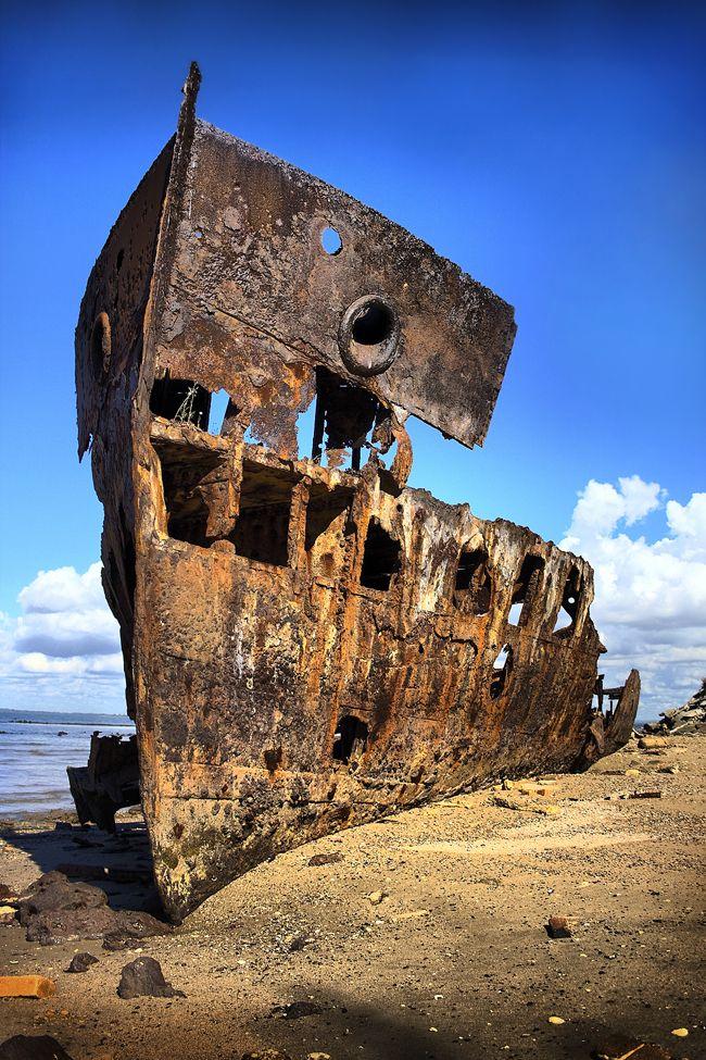 abandoned_ships_at_sea (5)