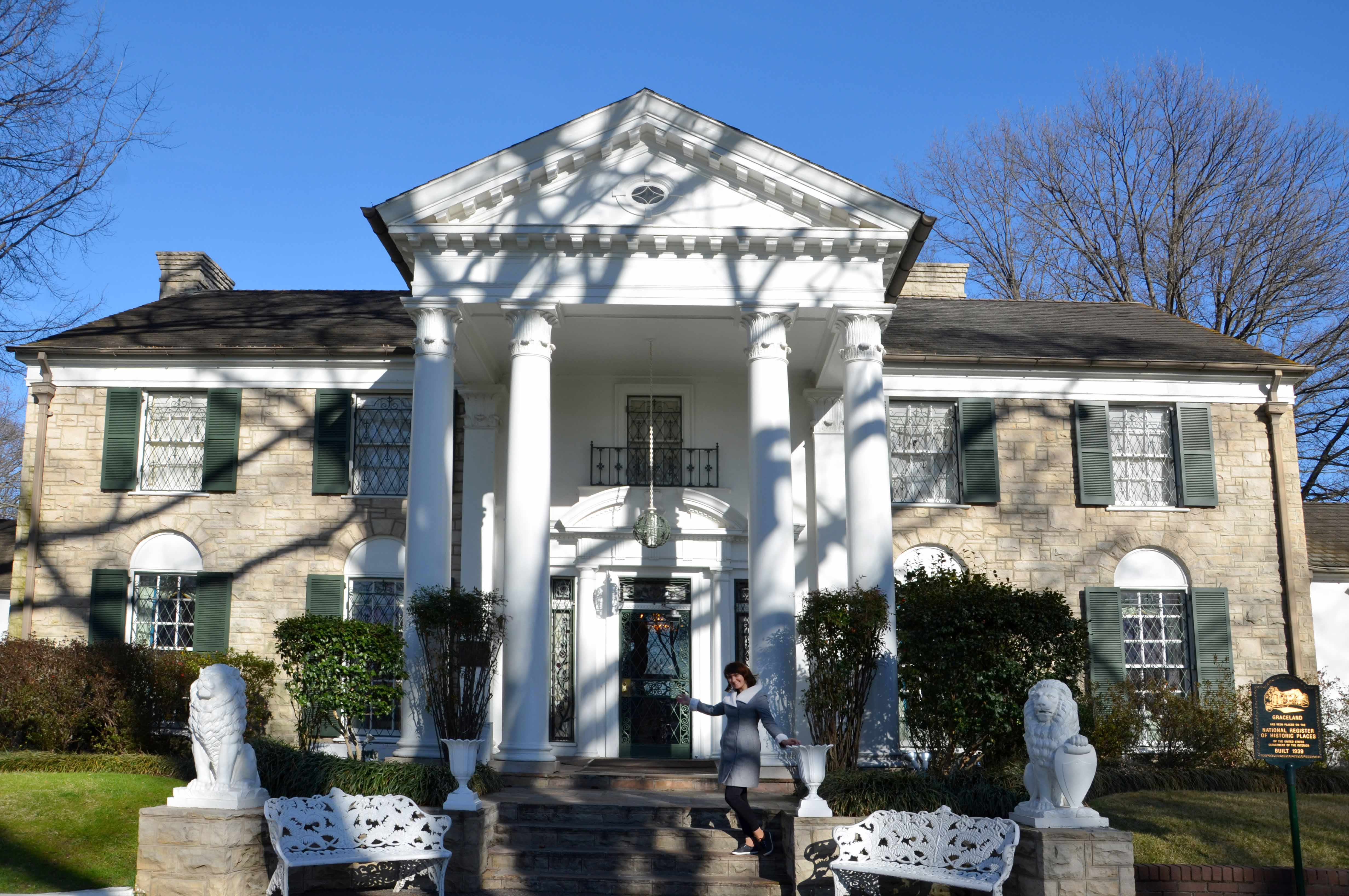 elvis presley and graceland