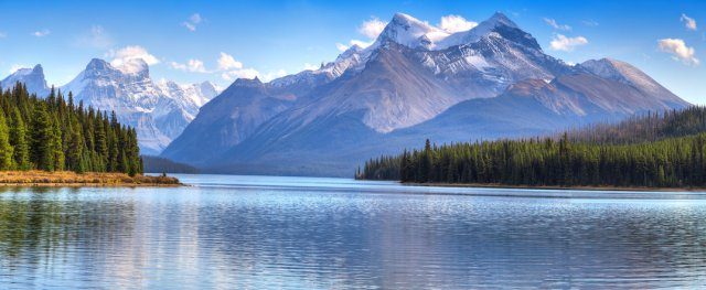 The Rocky Mountains, Mountain system in Canada travel insurance