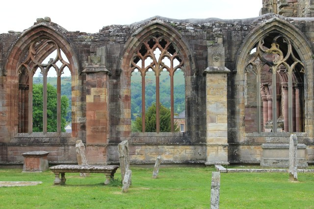 melrose-abbey-Borders_scotland