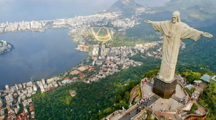 Everyone knows Rio is a major GAY destination spot.