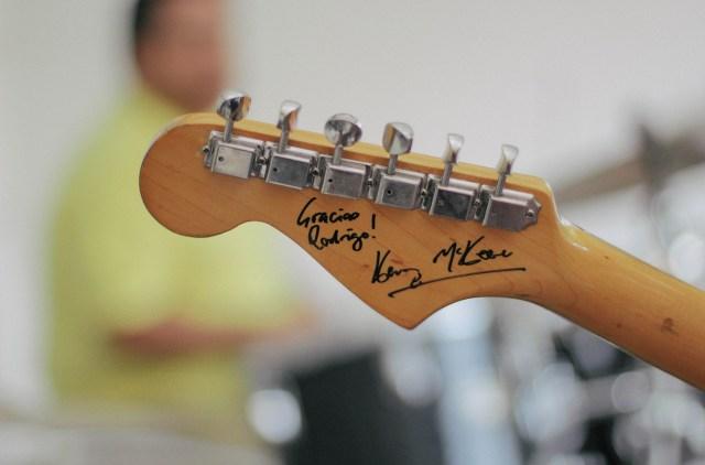 be a good guitarist