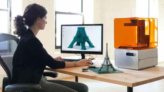 use software to build a 3D model
