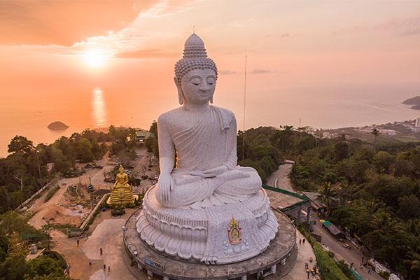 Big Buddha in Phuket (2)