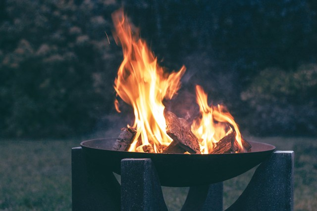 fire pit or fire bowl